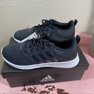 NWT 6.5  Adidas Running Course A Pied Sneakers